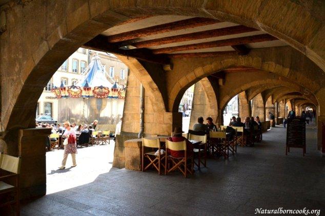 place_saint_louis_arches