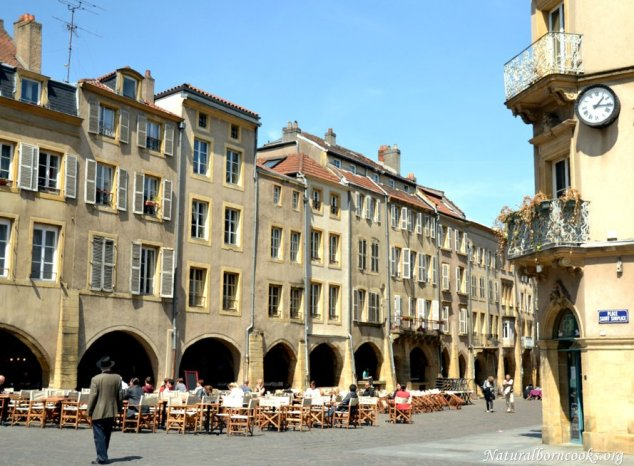 place_saint_louis_metz_arches
