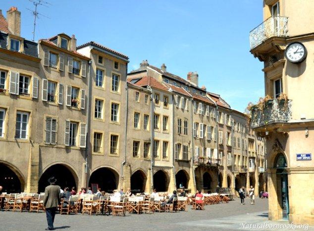 place_saint_louis_metz_arches