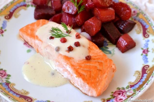 pavè_salmon_velouté_pear_pinkpepper