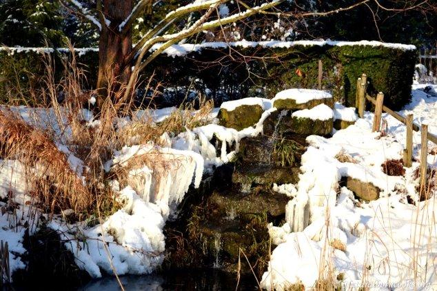 cascata_neve_ghiaccio
