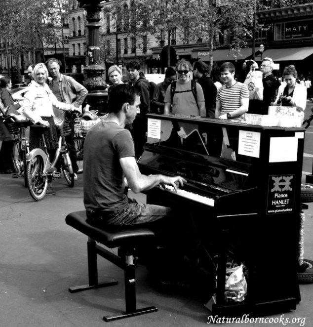 Pianista_strada_paris